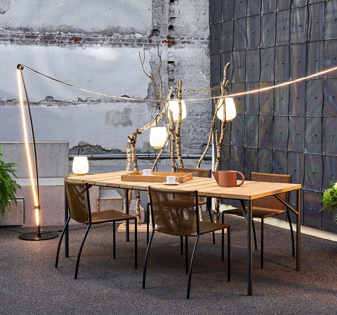 Lapel-table_BusettiGarutiRedaelli_LigneRoset_02